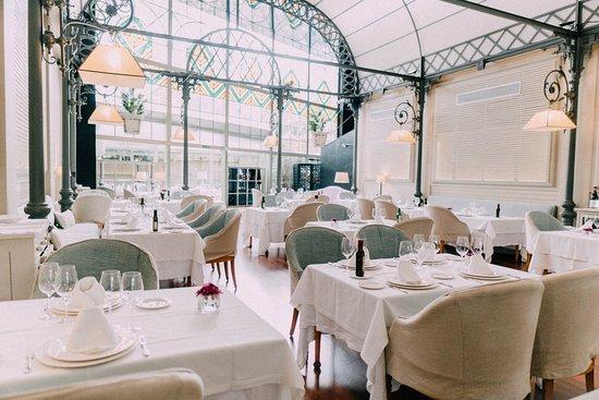 Lee más sobre el artículo El Restaurante Oriza de Sevilla recibe el certificado  de establecimiento Chinese Friendly